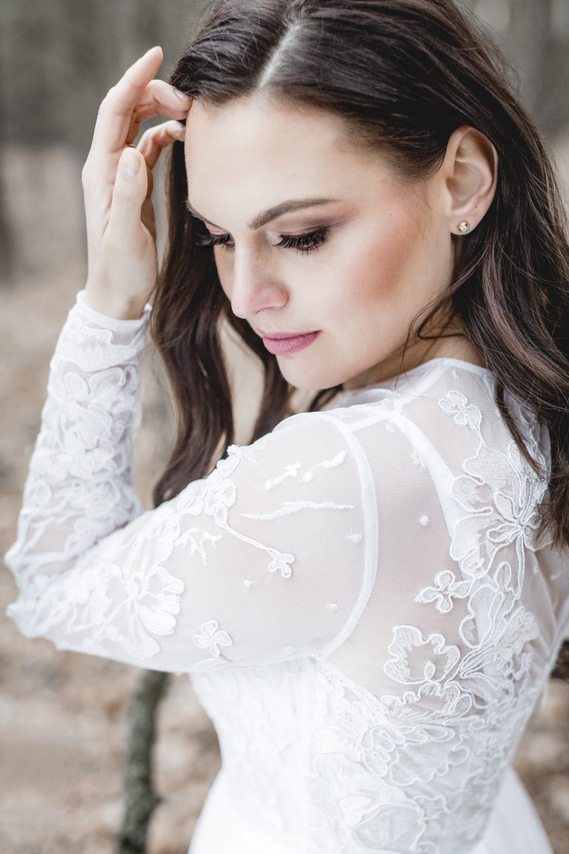 Brautstyling, Brautkleid, Brautmakeup, Hochzeit, Braut Fotoshooting, Heiraten