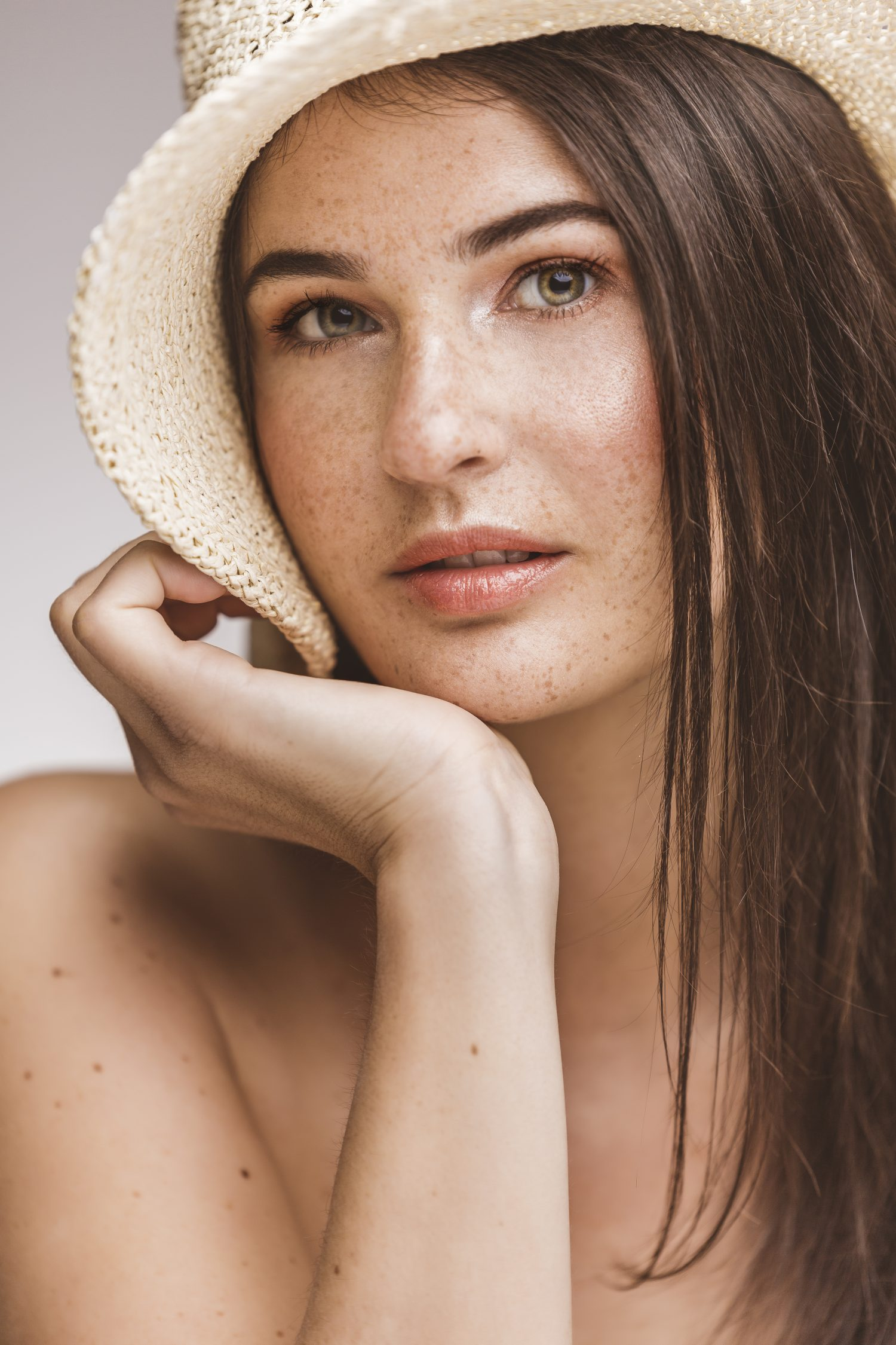beauty fotoshooting, skin care, freckles, Sommersprossen, glow, beauty makeup, commercial